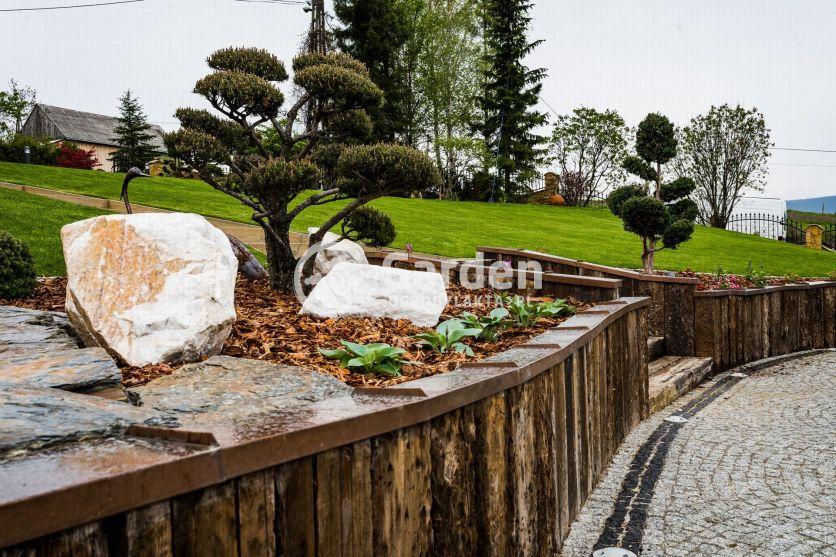bonsai-palisada-drewniana