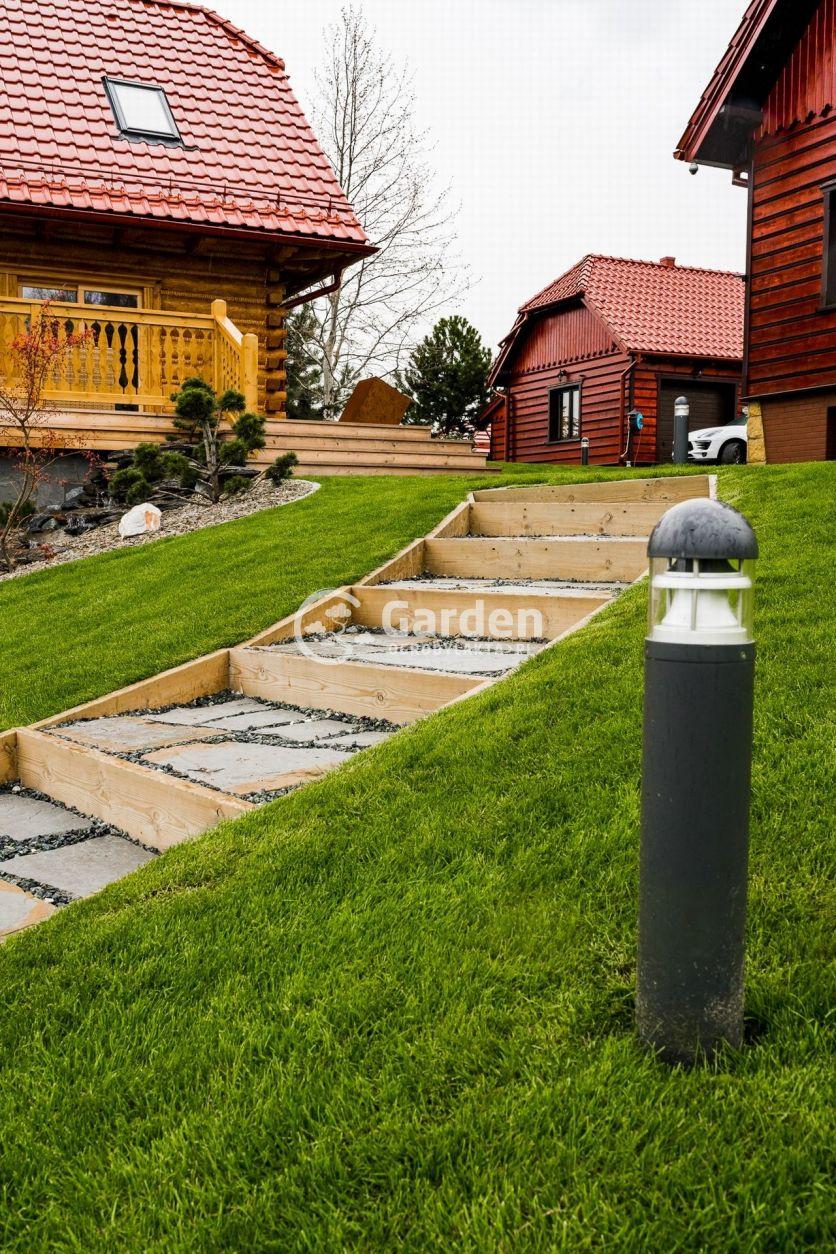 oswietlenie-schodow-w-ogrodzie